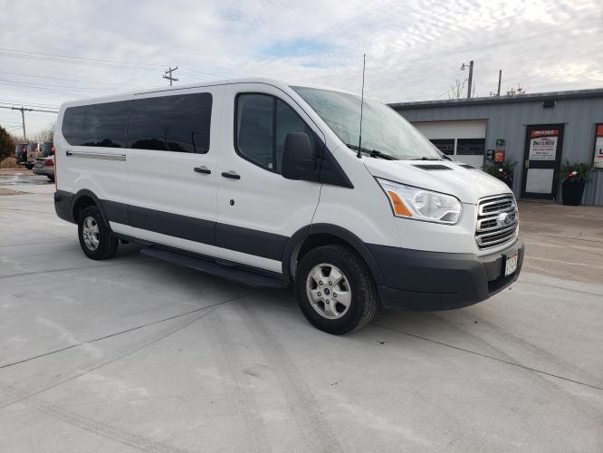 2018 White /Black Ford Transit 350 Wagon Low Roof XL w/Sliding Pass. 148-in. WB (1FBZX2YM9JK) with an 3.7L V6 DOHC 24V engine, 6A transmission, 0.000000, 0.000000 - Photo #0