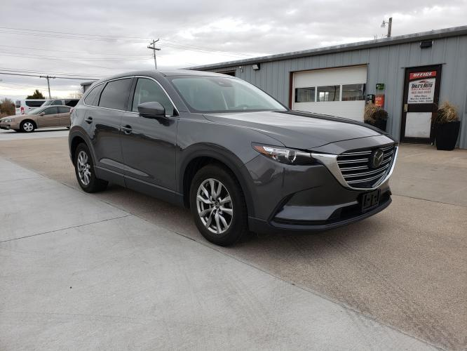 2018 Gray /Black Mazda CX-9 Touring AWD (JM3TCBCY4J0) with an 2.5L L4 DOHC 16V engine, 6A transmission, located at 625 South Lincoln Avenue, York, NE, 68467, (402) 362-5933, 40.859093, -97.592934 - Photo #0