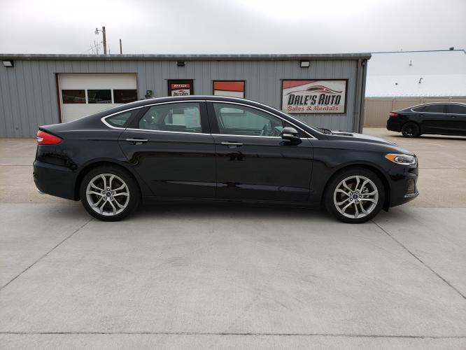 2019 Black /Black Ford Fusion SEL (3FA6P0CD0KR) with an 1.5L L4 DOHC 16V engine, 6A transmission, located at 625 South Lincoln Avenue, York, NE, 68467, (402) 362-5933, 40.859093, -97.592934 - Photo #1