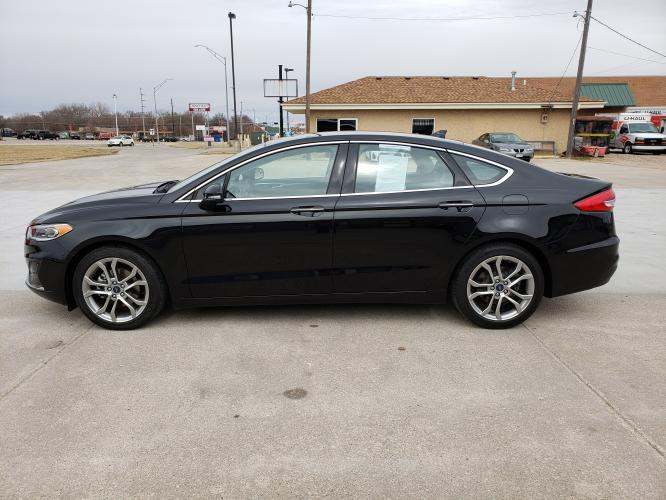 2019 Black /Black Ford Fusion SEL (3FA6P0CD0KR) with an 1.5L L4 DOHC 16V engine, 6A transmission, located at 625 South Lincoln Avenue, York, NE, 68467, (402) 362-5933, 40.859093, -97.592934 - Photo #3