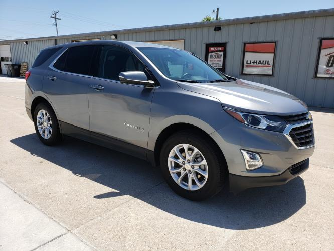 2018 Gray Chevrolet Equinox LT 2WD (3GNAXJEV2JL) with an 1.5L L4 DIR DOHC 16V TURBO engine, 6A transmission, located at 625 South Lincoln Avenue, York, NE, 68467, (402) 362-5933, 40.859093, -97.592934 - Photo #0